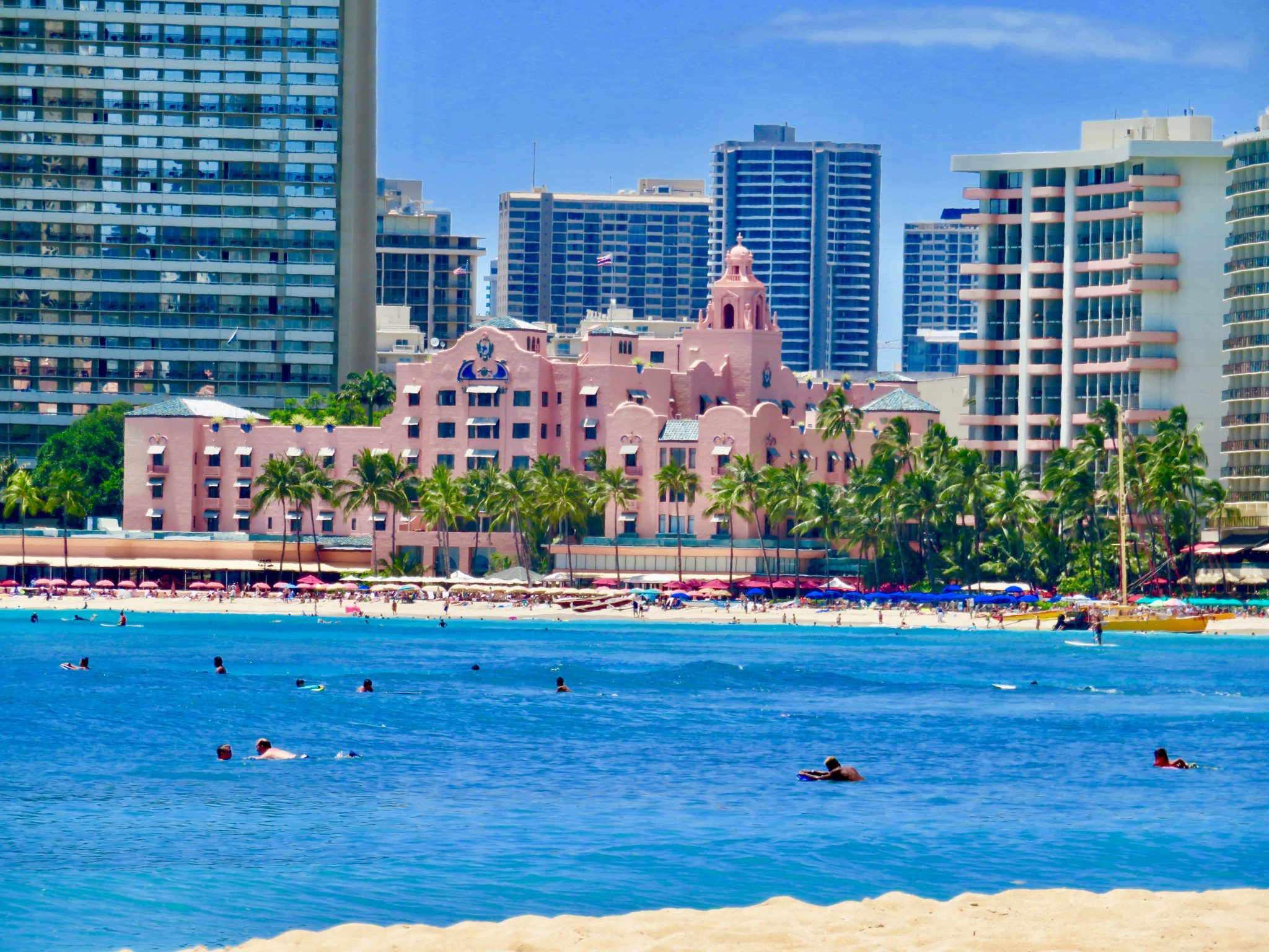 gay hotels in honolulu
